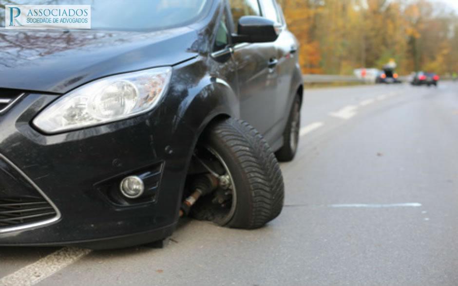 acidentes de viação condutor culpado foge
